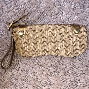 Rodo Tan/Brown Woven Chevron Patterned Wristlet